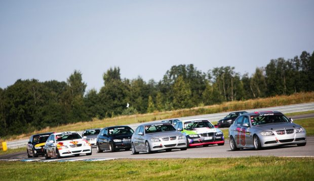 BMW325CUP